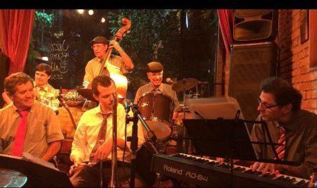 Jazz Band Ball em show de jazz