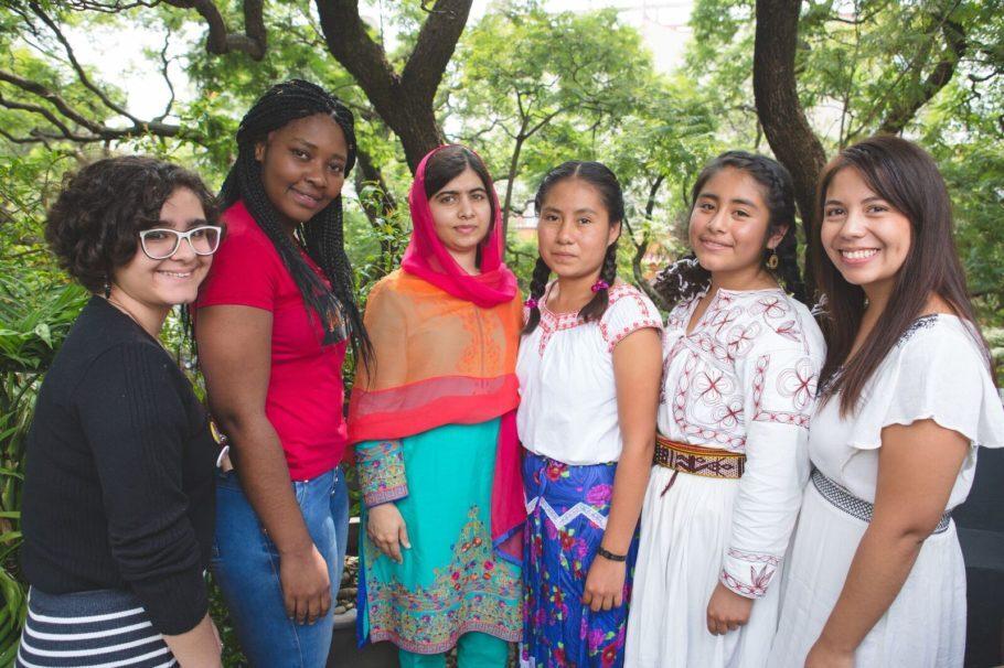 Malala e mulheres de sua Fundação
