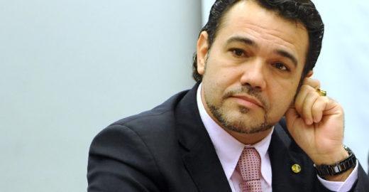 Conheça a clínica odontológica de onde Feliciano reembolsou R$157 mil