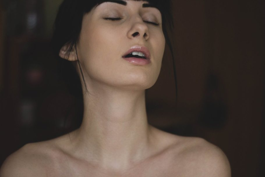 Tutorial do sexo oral feminino