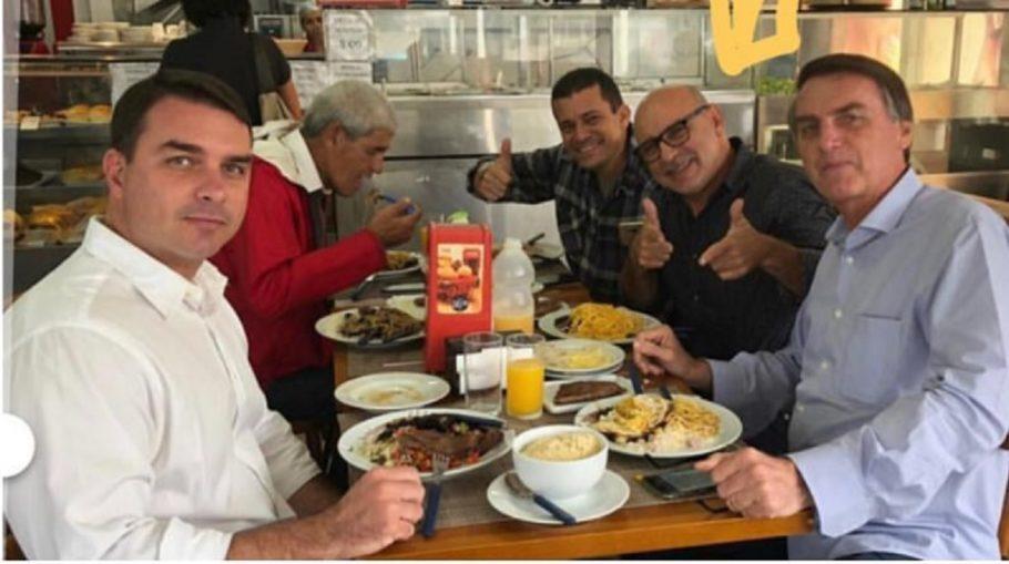 Bolsonaro se manifesta sobre reaparecimento de Queiroz