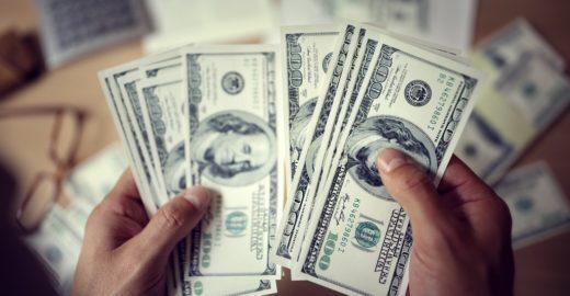 Quer enviar dinheiro para o exterior? conheça os impostos