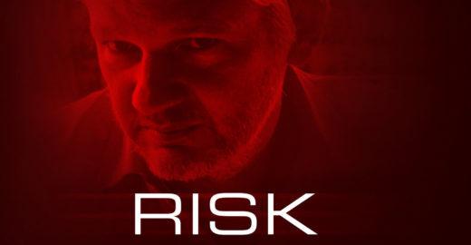 'Risk', na Netflix, vaza a imagem não autorizada de Julian Assange