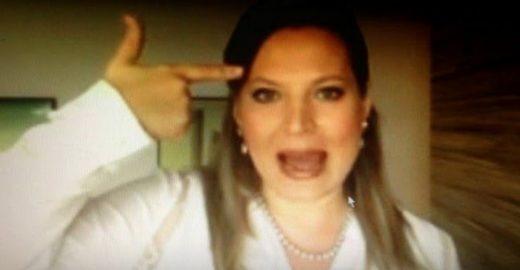Joice Hasselmann anuncia processo  por causa do seu  teste da maconha