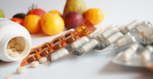 Suplemento de vitaminas virou moda, mas pode representar perigo