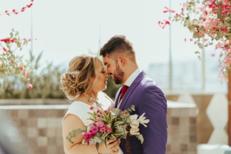 Noivos durante cerimônia