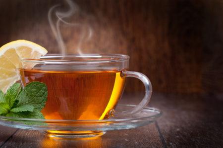 Contra a ansiedade, uma boa dica é um chá de casca de limão