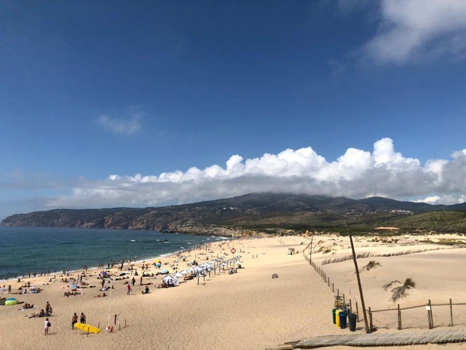 Praias em Portugal: areia branca ou falésias, mas sempre água gelada