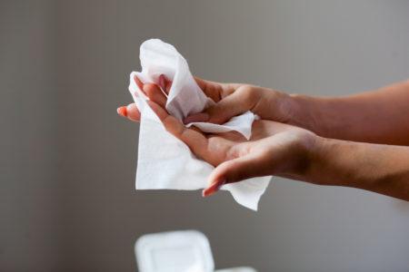 A empresa de lenços umedecidos não lavou as mãos para o problema