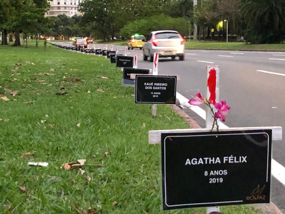 ONG Rio de Paz faz protesto no Aterro do Flamengo pela morte de 57 crianças de 2007 a 2019