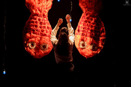 cena da peça de teatro infantil A Mulher que Matou os Peixes