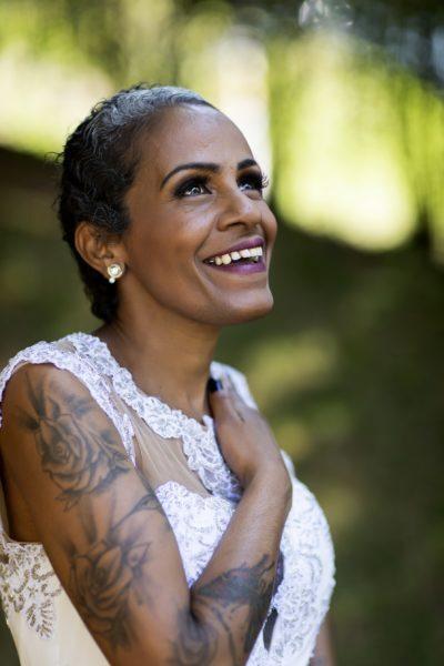 viviane venceu o câncer de mama e posa em foto