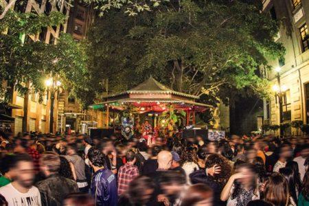 festa do sp na rua no coreto da bolsa que recebe o festival a vida no centro