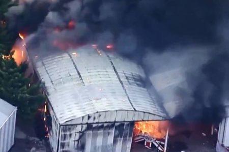 incêndio galpão escola samba independente