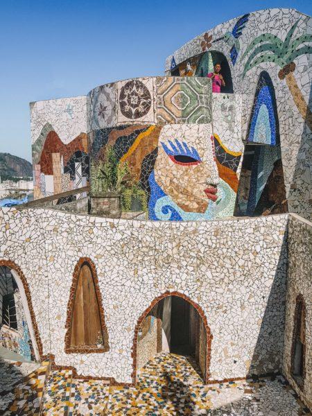 paredes de mosaico do the maze rio