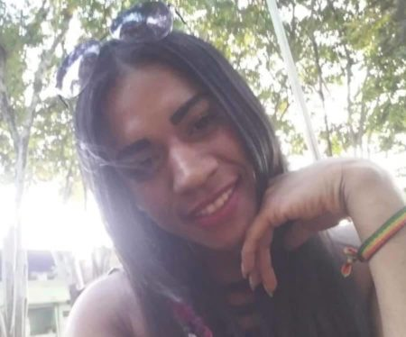 a jovem trans Lorena vicente