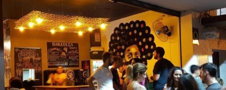 barateza bar é um dos bares em curitiba