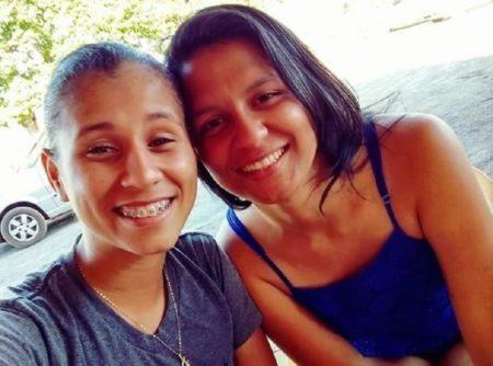 Fabiola Pinheiro Bracelar (à esquerda) e Luana Marques Fernandes (à direita)