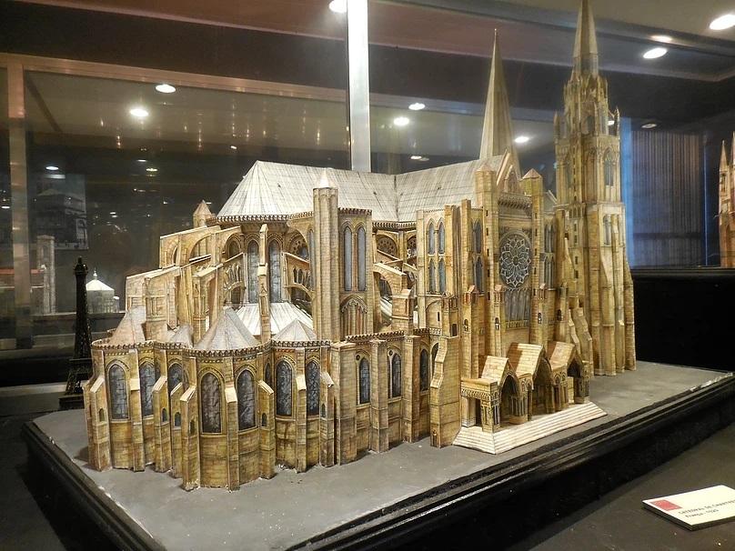 réplica da Catedral de Chartres