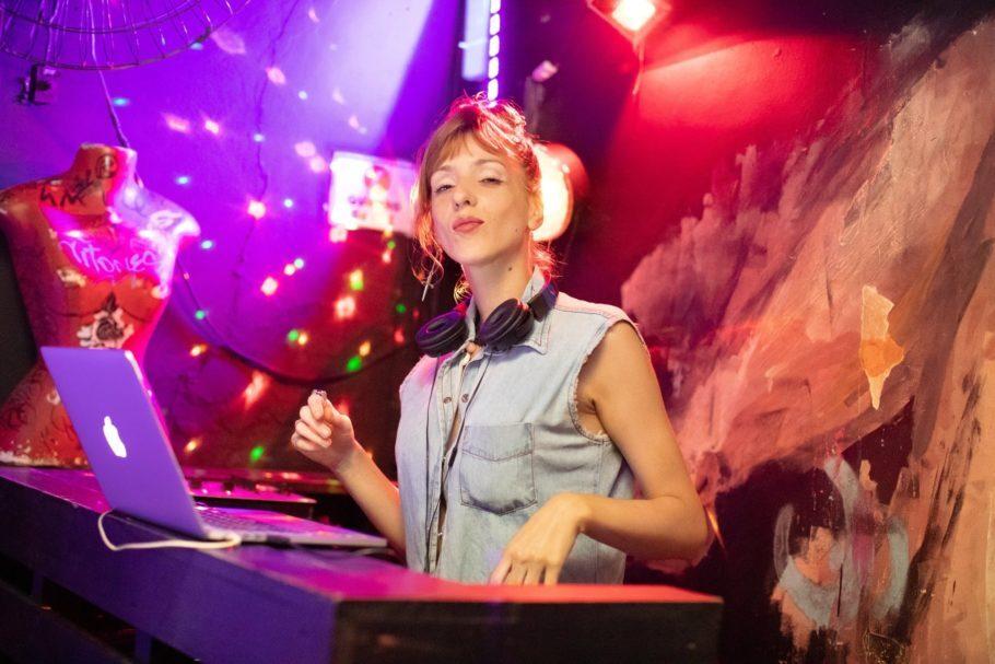 DJ Capitan Billie