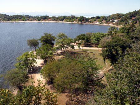 vista do parque darke de mattos na ilha de paquetá