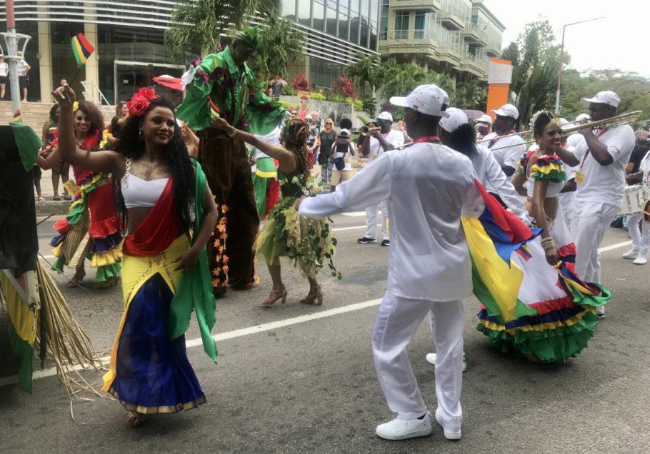 Desfile do Creole Festival em Seychelles