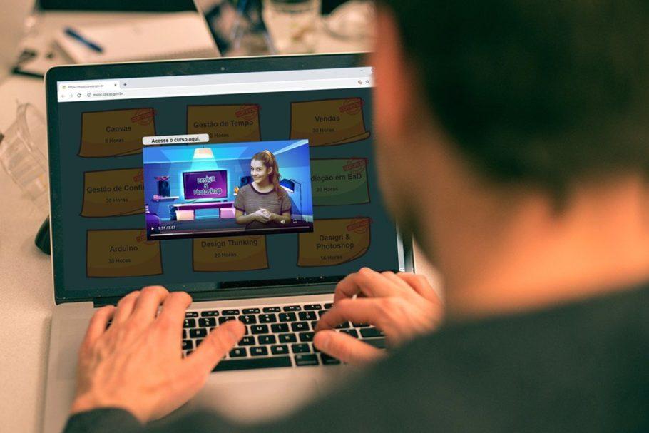 Pesquisa mostra aumento da confiança de professores para ensino on-line