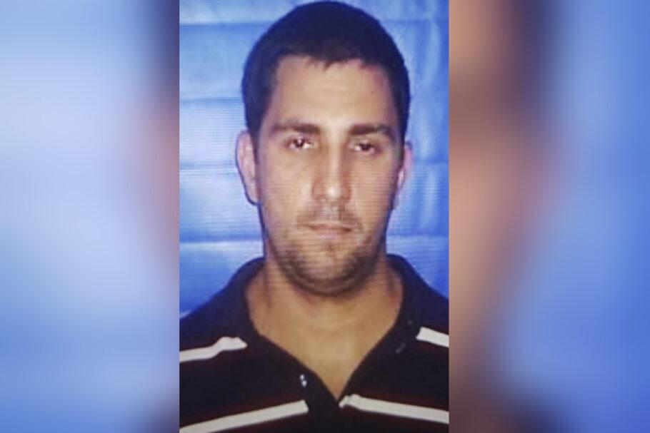 Imagens revelam que Adriano Magalhães de Nóbrega foi morto com tiros disparados a curta distância