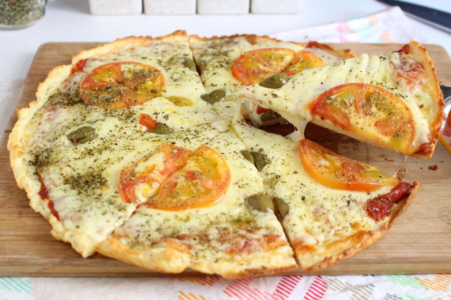 Pizza com massa de arroz