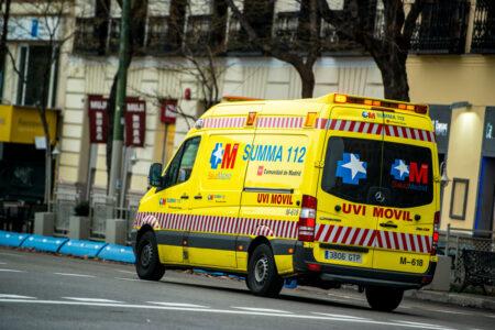 coronavírus espanha ambulância