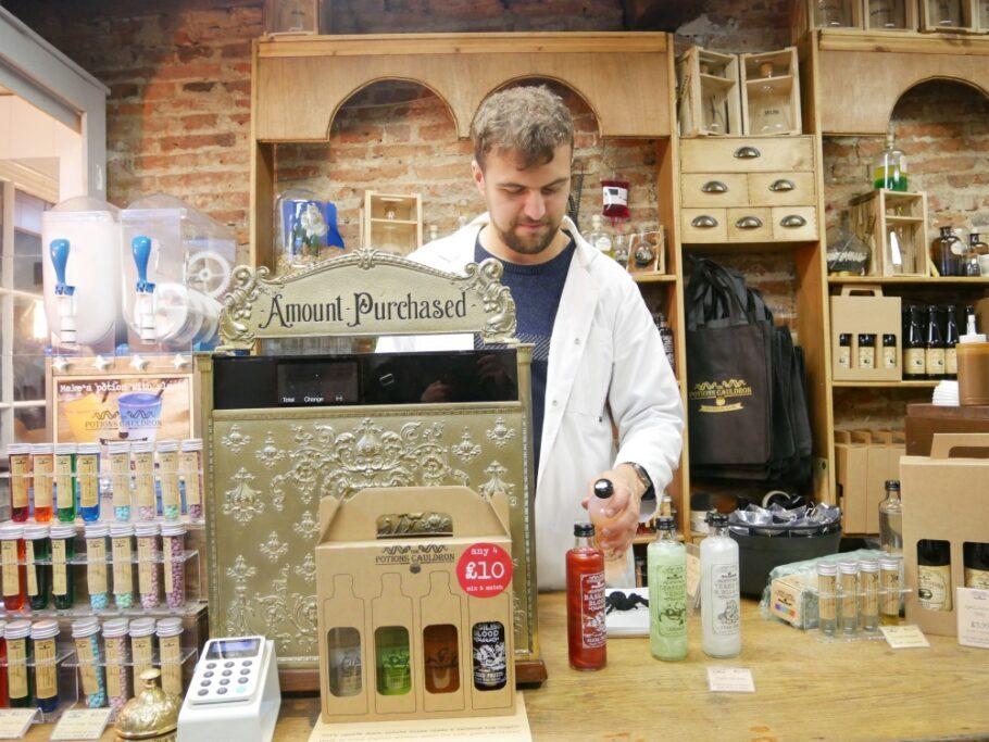 loja na rua The Shamble,s em York