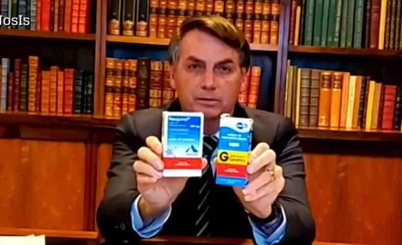 Apoiado por produtor de cloroquina, Bolsonaro alfineta David Uip