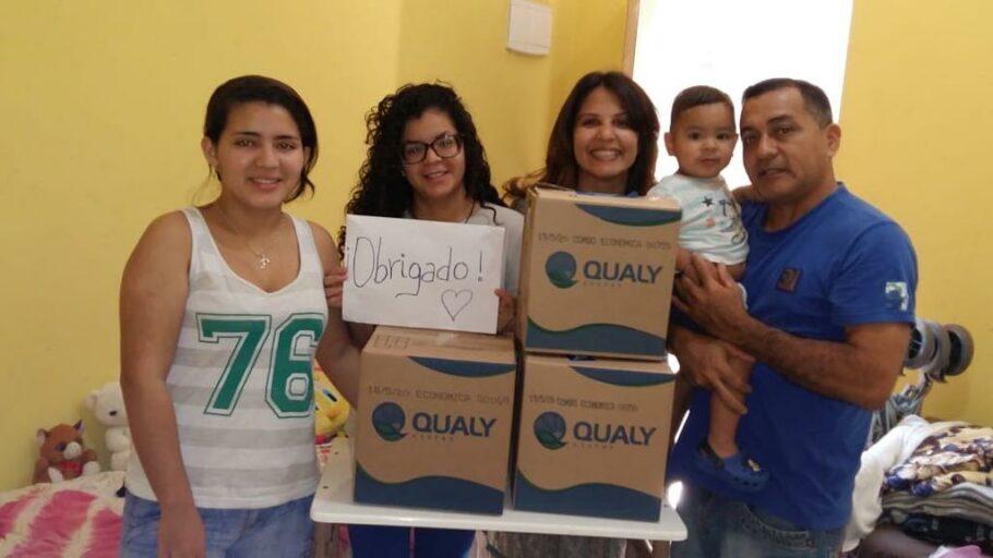 família da venezuelana Dayana recebeu cestas básicas do projeto Estou Refugiado