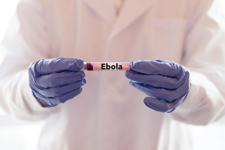 exame de ebola