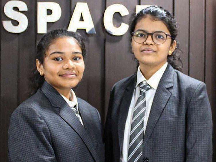 estudantes que descobriram o asteroide