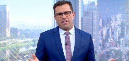Rodrigo Bocardié chamado de burro por telespectador ao vivo e rebate