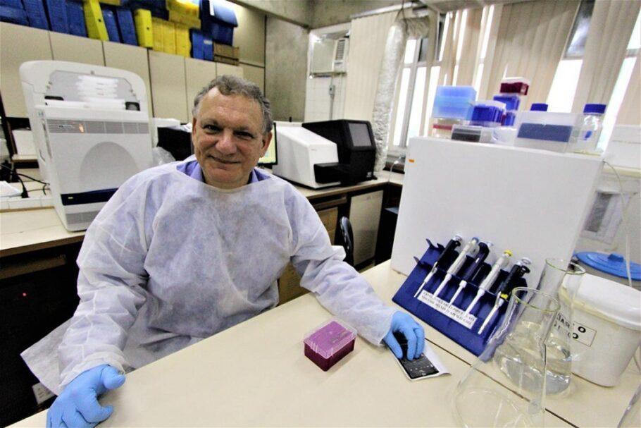 Trabalho coordenado pelo infectologista Ricardo Sobhie Diaz desenvolveu uma superterapia que pode ser a cura para o HIV