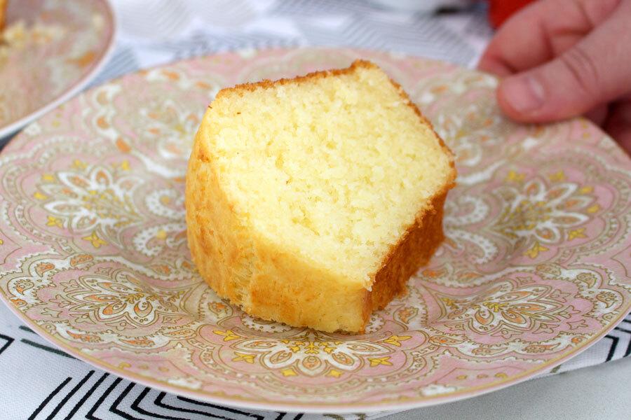 Bolo pão de queijo fácil e delicioso