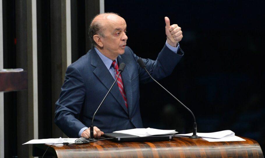 O senador José Serra (PSDB-SP) é denunciado na operação Lava Jato por lavagem de dinheiro