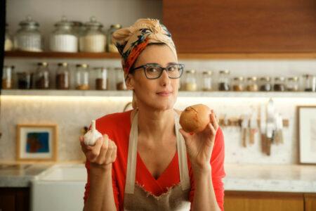 Paola Carosella abre novo restaurante com promoção 50% off
