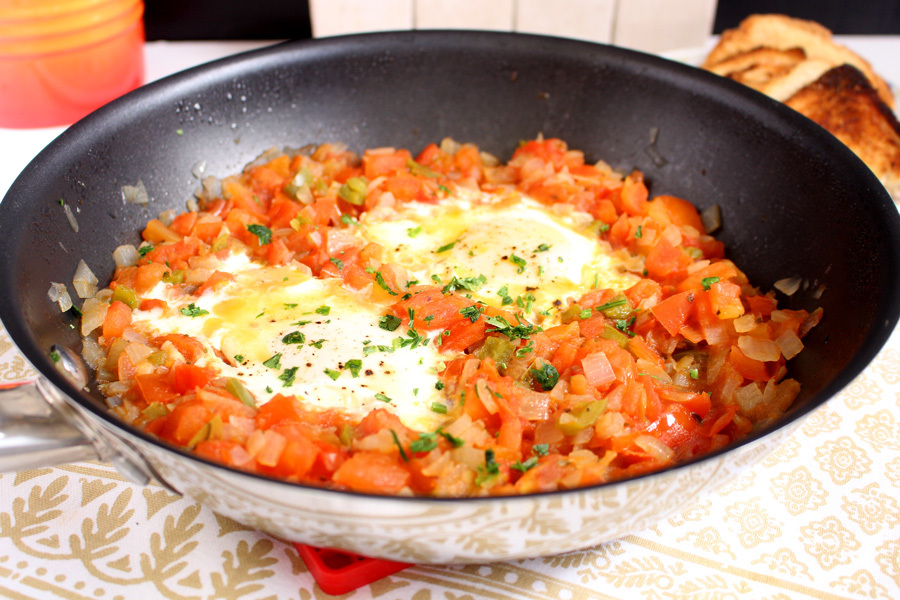 Tomates cremosos com ovos
