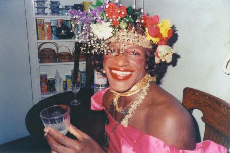 Cena de A morte e a Vida de Marsha P. Johnson