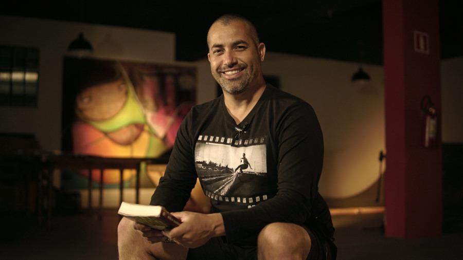 Pastor Mike Vieira