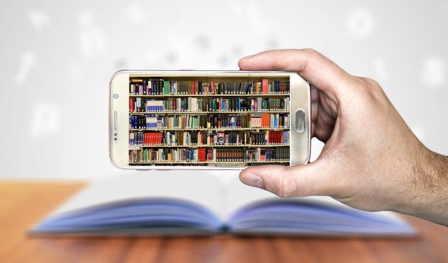 Existem muitos aplicativos com livros que são de domínio público