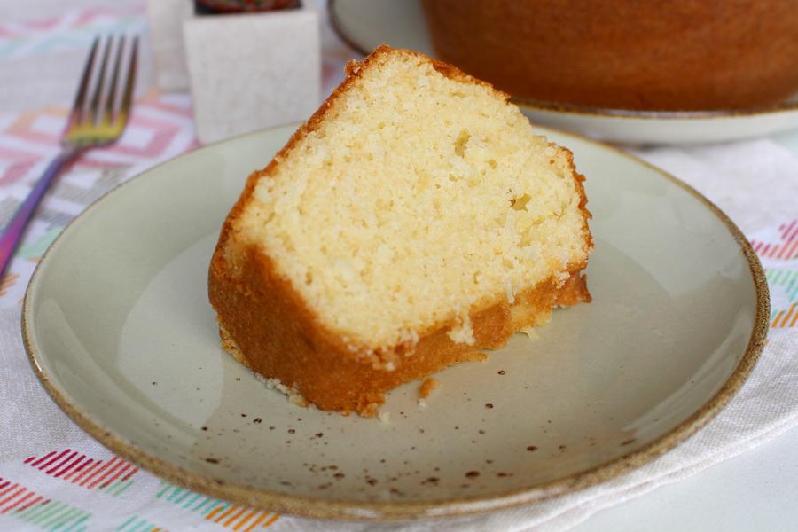 bolo caçarola de padaria