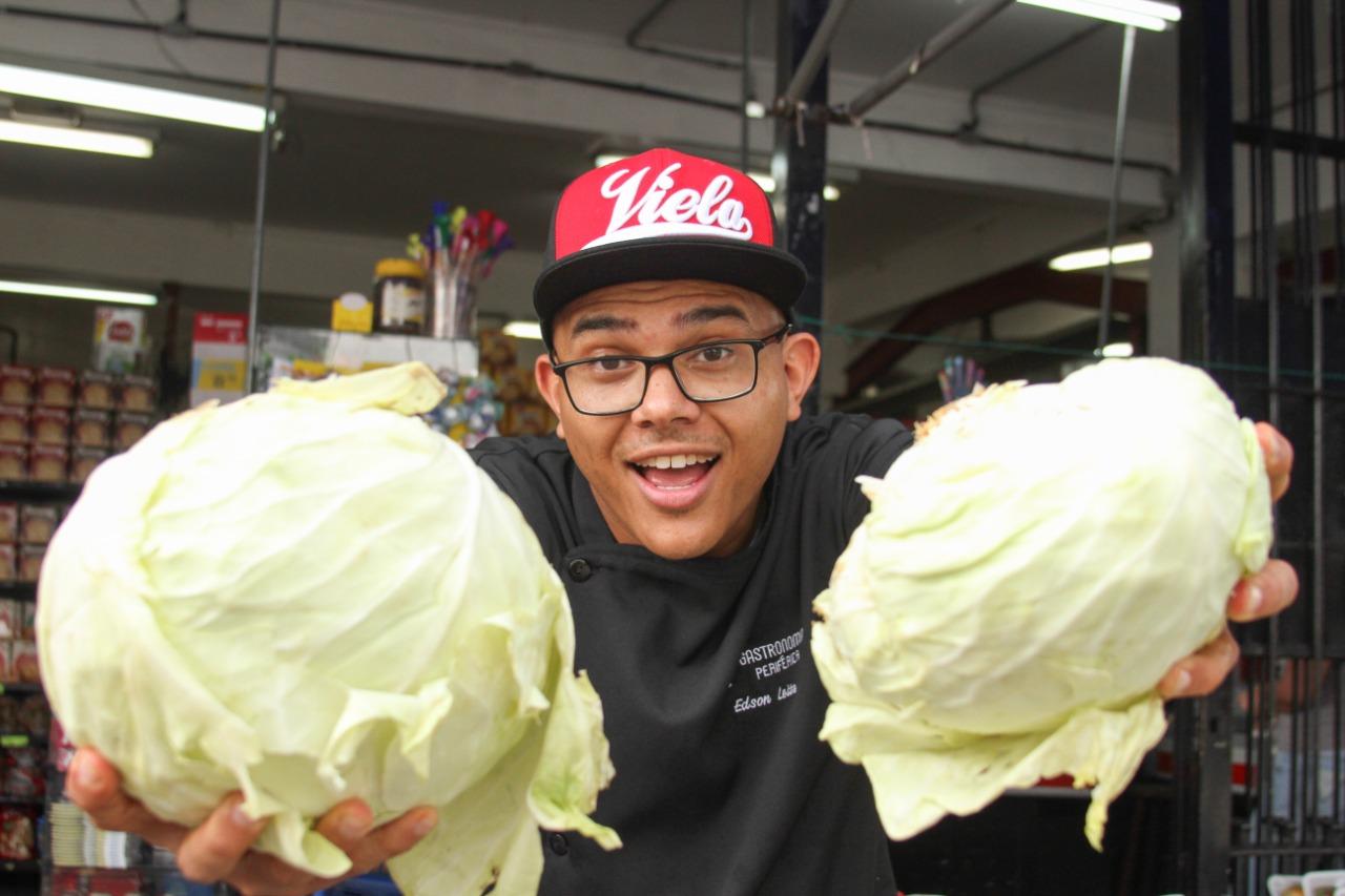 O chef Edson Leite idealizou o Gastronomia Periférica para causar impactos sociais