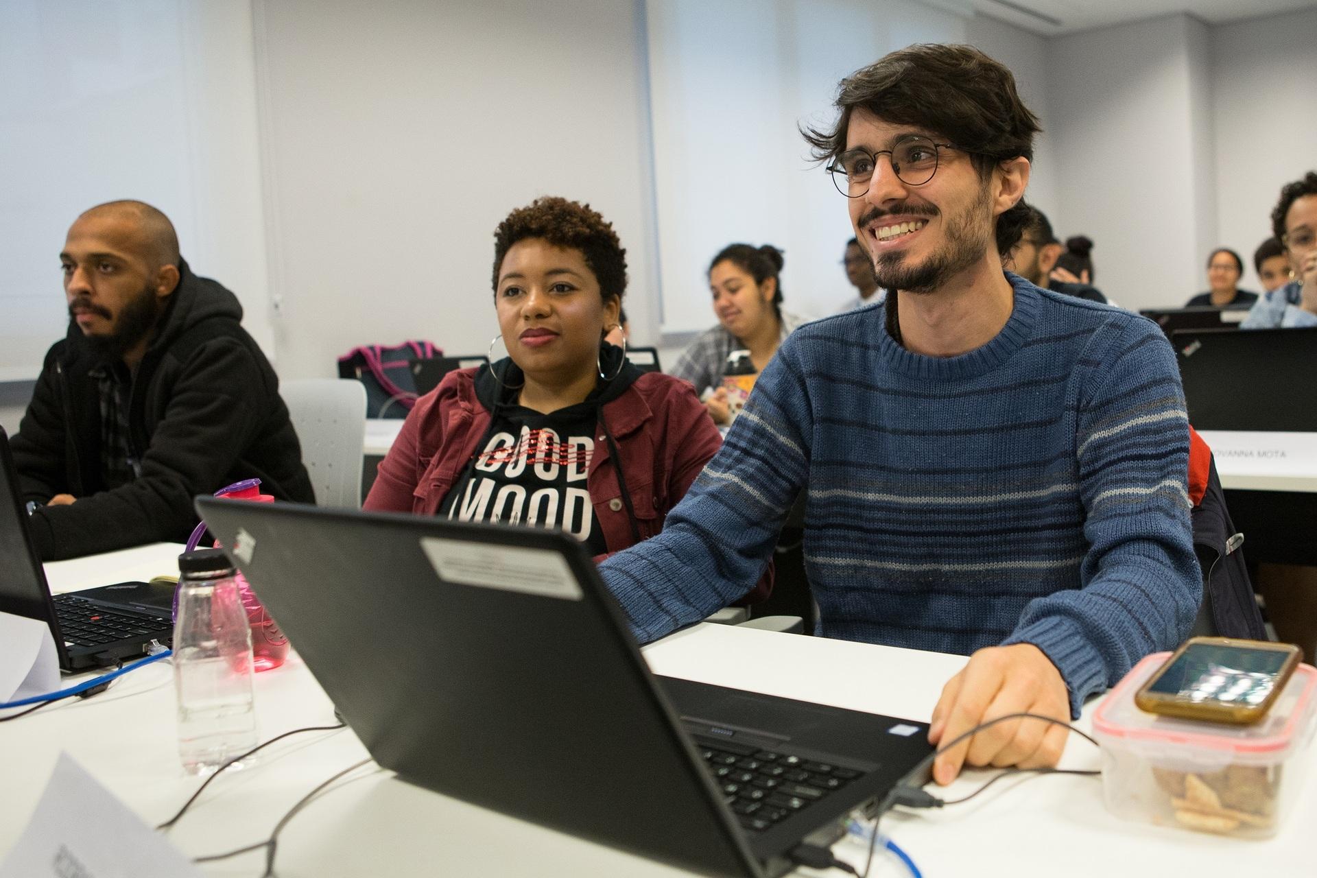 ONG abre inscrições para curso gratuito de Desenvolvedor Web