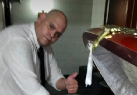funcionário funerária maradona