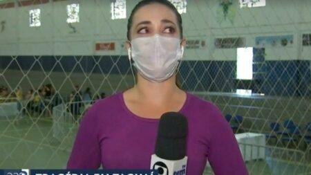 Repórter da Globo se emociona na cobertura do acidente em Taguaí (SP)