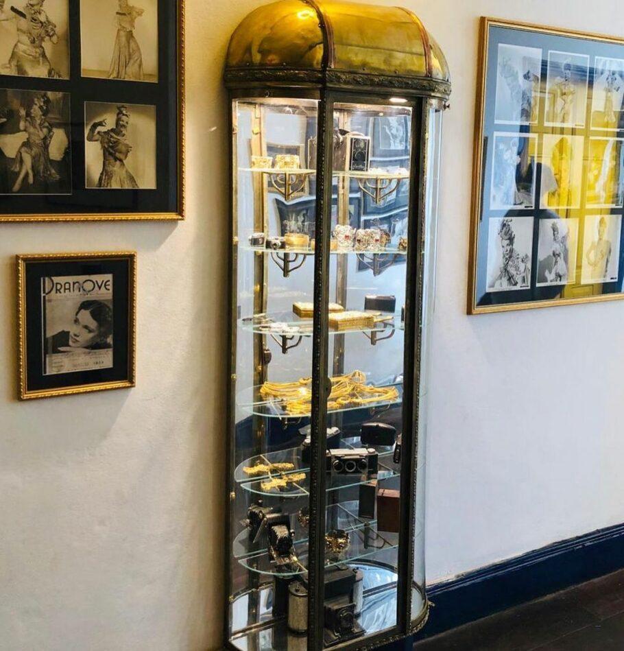 Exposição traz objetos raros de Carmen Miranda
